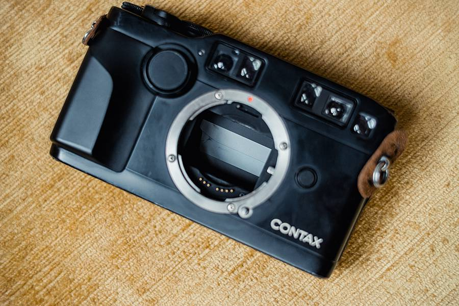 contax g2 35mm film review rangefinder camera for sale 20_web