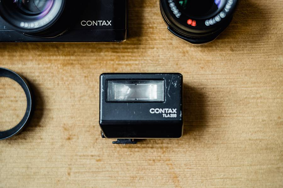 contax g2 35mm film review rangefinder camera for sale 5_web