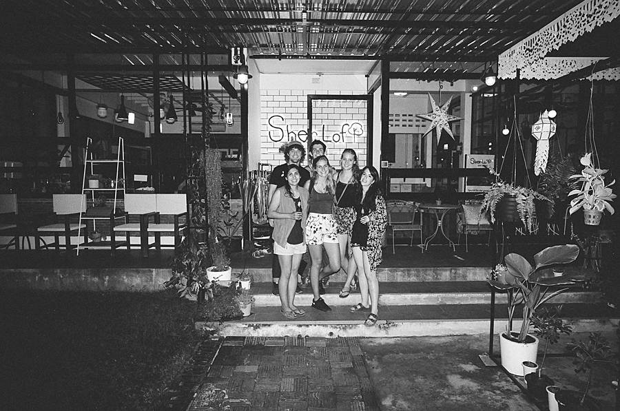 thailand-chiang-mai-hostel-contax-g2-black-and-white-film-kodak-trix